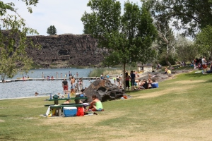Picnic at the lake - Twin Falls